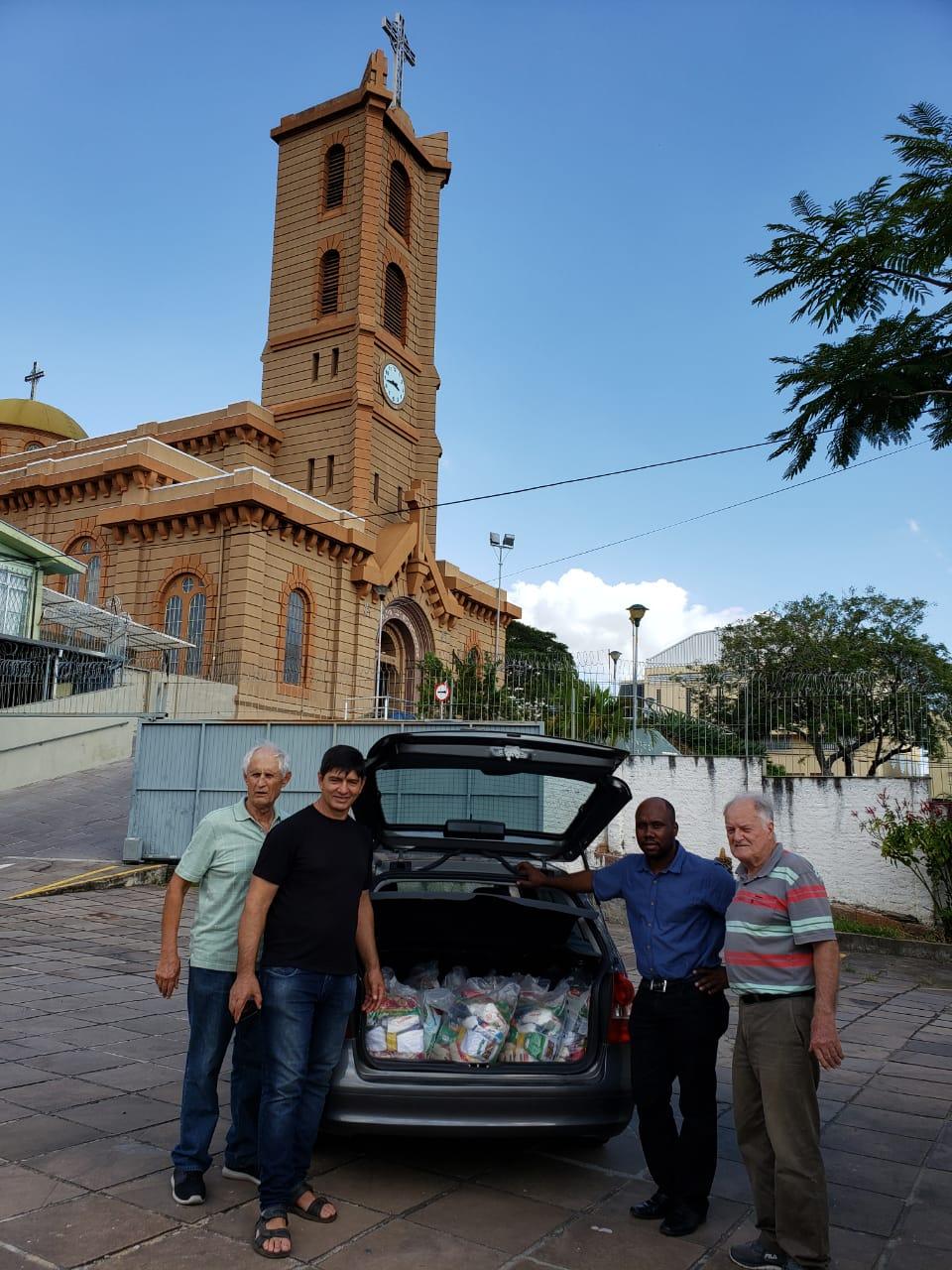 Gesto de solidariedade para os migrantes de parte da Igreja Santo Antonio